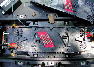 bandeja interior de una roseta de fibra optica